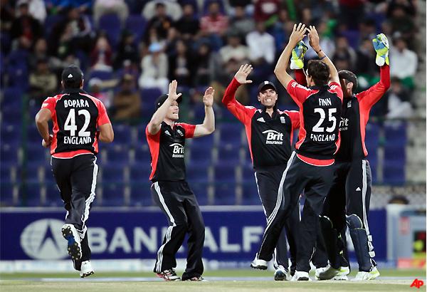 england beats pakistan in 2nd odi to lead 2 0