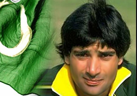 dav whatmore s flawed selection hurting pakistan says