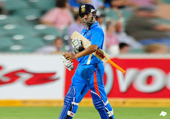gambhir s run out cost india a win says dhoni