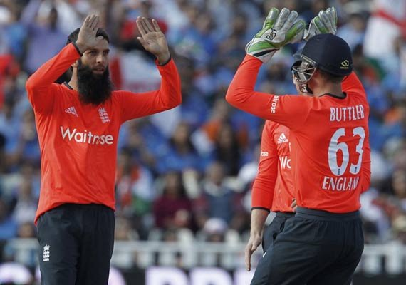 six england cricketers awarded central contracts by ecb