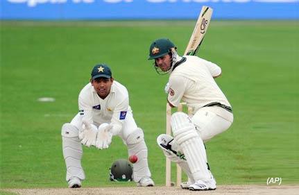 ponting leads australia revival against pakistan