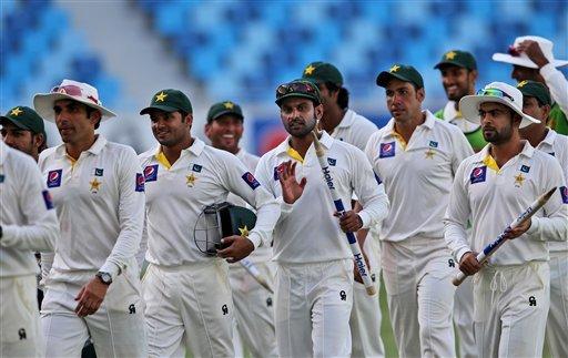 hurt australia will bounce back warns coach waqar younis