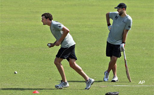 new zealand look to find form against india