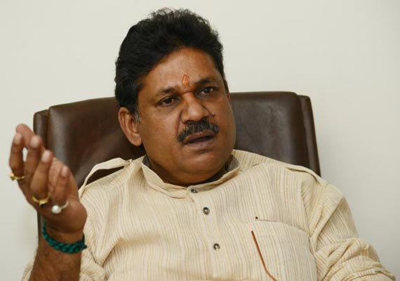 is bcci above the law asks kirti azad
