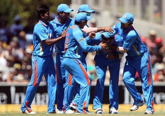 lankan test awaits dhoni less india in tri series