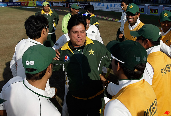 pakistan coach sees bright future for his team