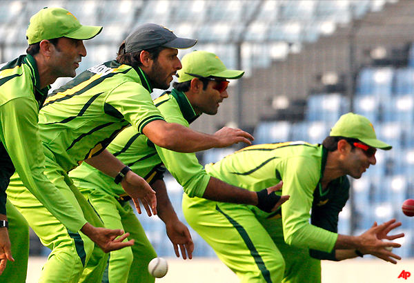 pakistan s flair up against lankan consistency
