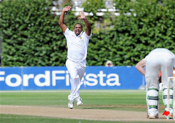 philander becomes fastest bowler to claim 50 test wickets