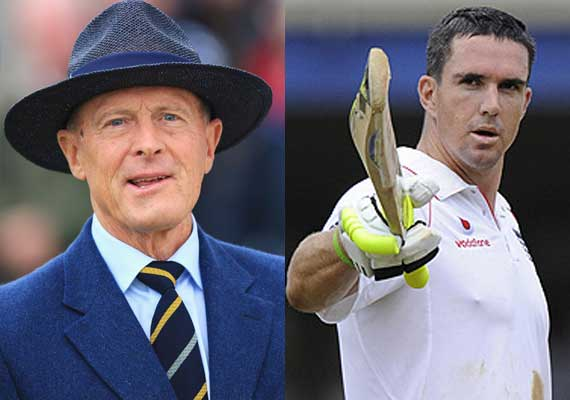 pietersen should have been given out at 49 boycott