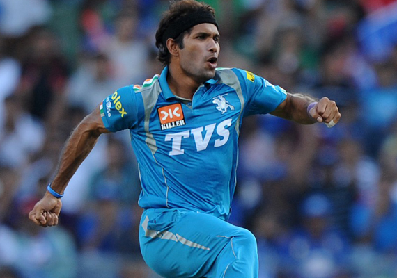 pune warriors upset mumbai indians by 28 runs