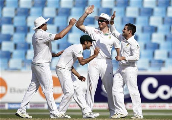 safrica beats pakistan in 2nd test to tie series
