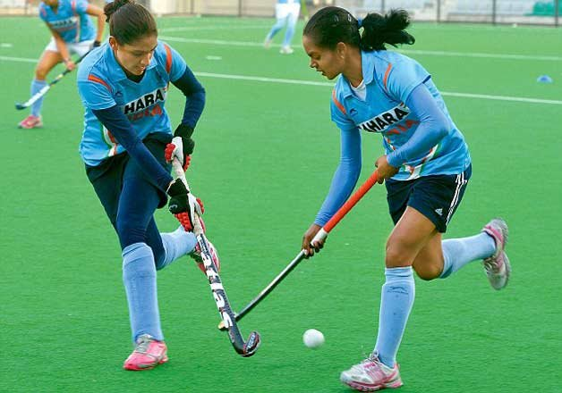 india eves lose 1 4 to new zealand
