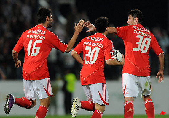 benfica beats pacos ferreira 2 1 in portugal