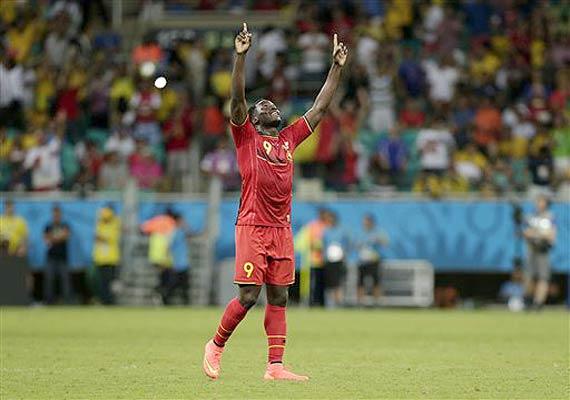 fifa world cup romelu lukaku key in belgium s 2 1 victory