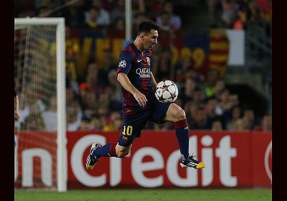champions league barcelona beats apoel 1 0