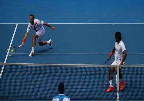 australian open paes stepanek out in men s doubles
