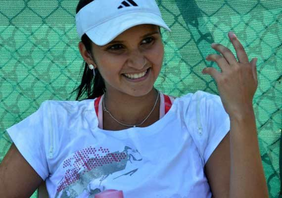 sania mirza excited to be in federer s team in iptl