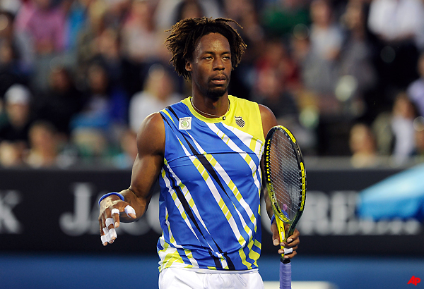 monfils withdraws from memphis with knee injury