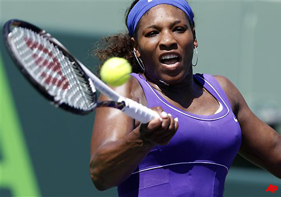 serena williams wins opening match at key biscayne