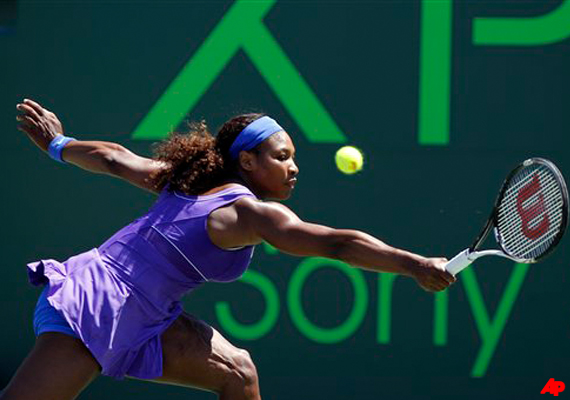 serena williams beats stosur at miami masters
