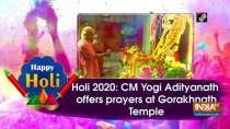 Holi 2020: CM Yogi Adityanath offers prayers at Gorakhnath Temple