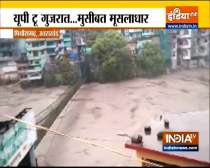 Heavy Rains Expected Over Many States including UP, Uttarakhand and Gujarat in next 24 hours