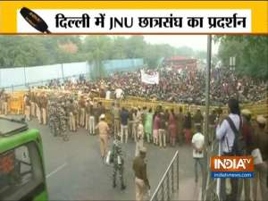 Delhi: JNU students stage protest over fee hike