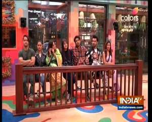 Rajat Sharma grills contestants in Bigg Boss 13