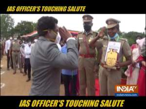Tamil Nadu IAS officer salutes lady cop for putting duty over life