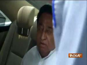 Congress leader Kamal Nath arrives at 10, Janpath to meet Sonia Gandhi