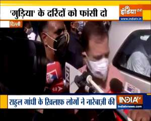 Rahul meets family of Delhi rape-murder victim, Kejriwal to visit today
