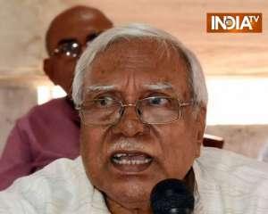 Hannan Mollah makes agenda of Kisan Mahapanchayat clear, says aim to defeat Yogi and Modi