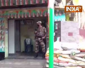 Three bombs hurled at BJP MP Arjun Singh's residence at North 24 Parganas