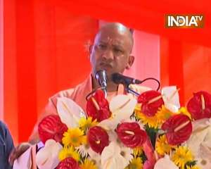 CM Yogi addresses Kisan Sammelan in Lucknow, takes a swipe at SP and BSP